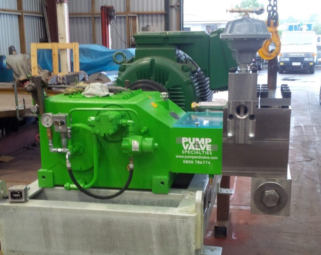 Geothermal reinjection pump